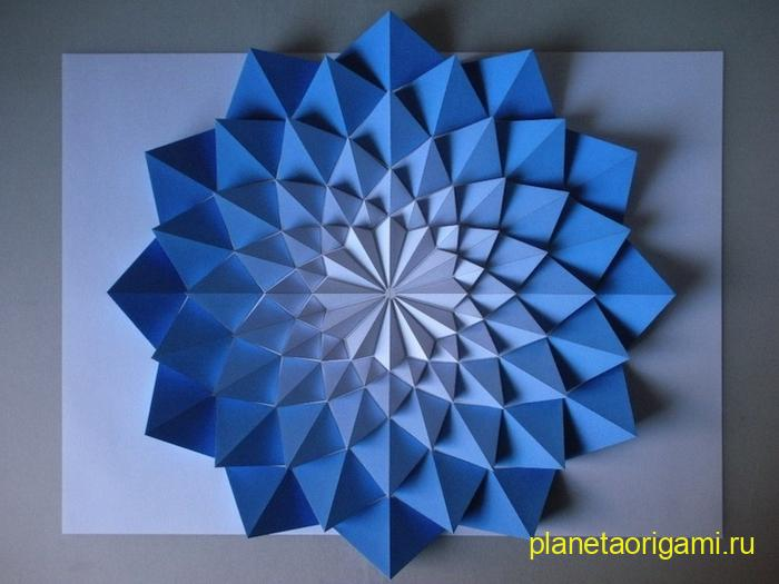 Объемная мозаика оригами