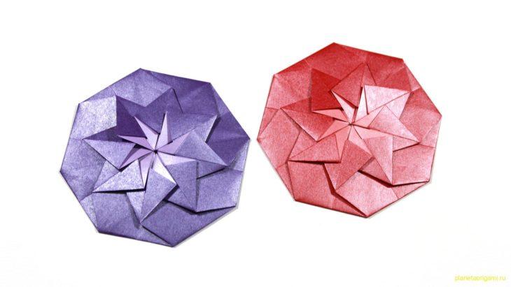 Геометрический цветок от Kade Chan