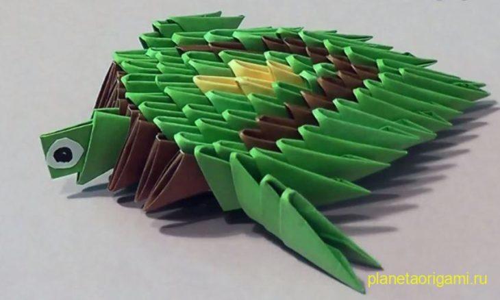 Простая черепаха из треугольных модулей