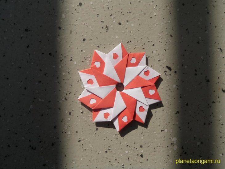 десятиконечная звезда