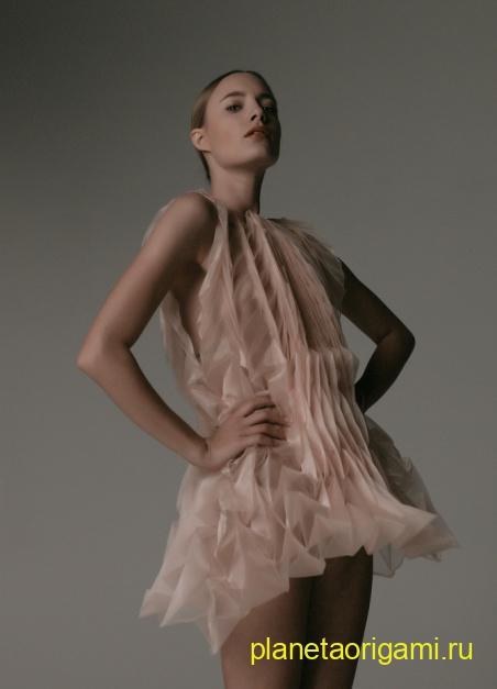 Платья в стиле оригами от Жюль Вайбель