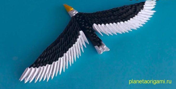 3D орел из треугольных модулей