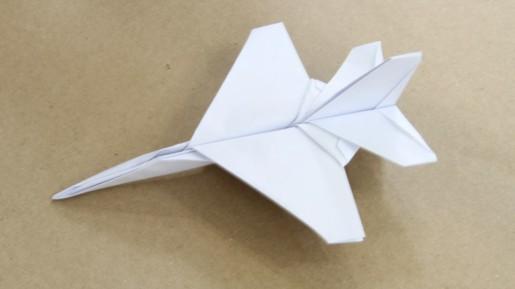 истребитель F16 из бумаги
