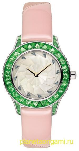 часы в стиле оригами