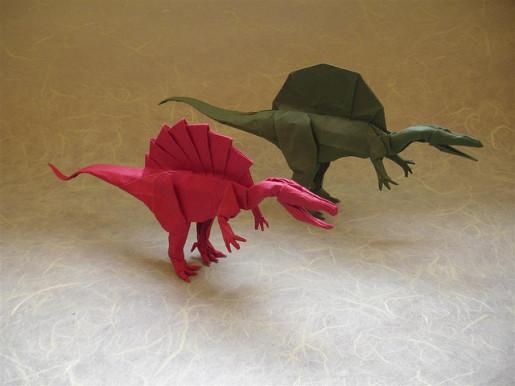бумажный спинозавр