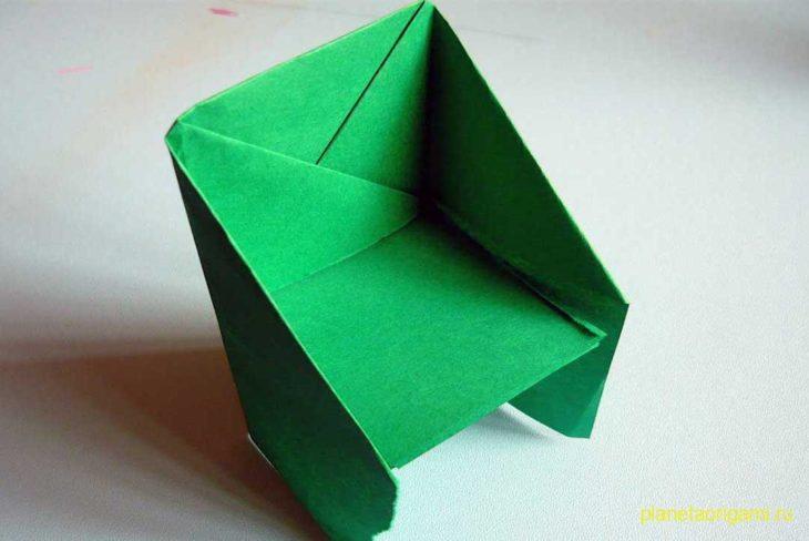 Оригами стул из бумаги