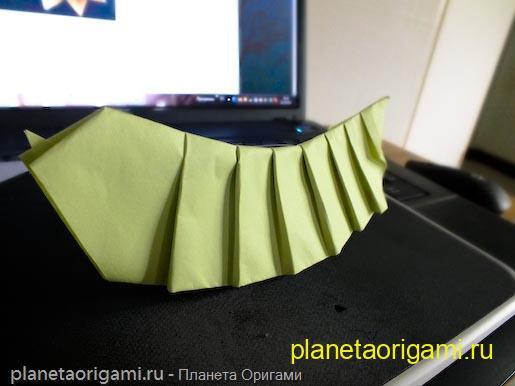 Червяк оригами