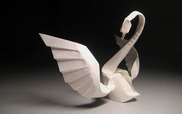 Лебедь бумажный