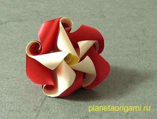 Цветок-завитушка