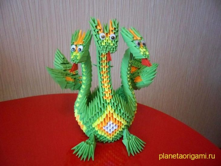 Оригами дракон из модулей от Галины Тиховой