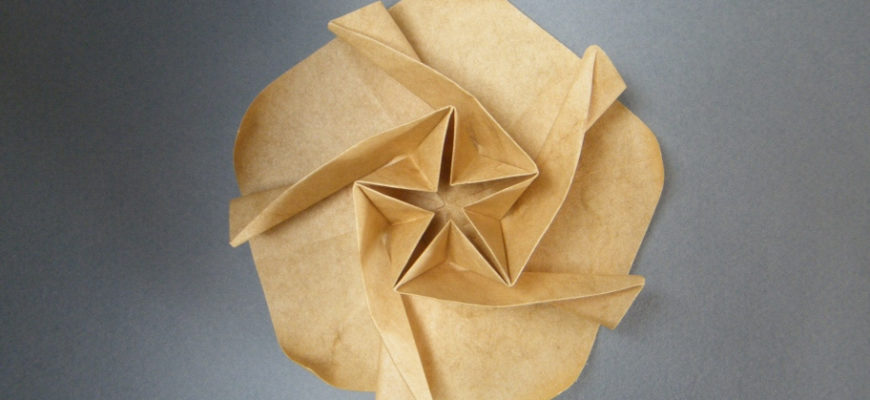 Штокроза или мальва из бумаги по схеме Yara Yagi