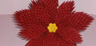 Пуансеттия оригами