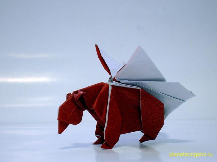 Медведь с крыльями бабочки по схеме Anna Kastlunger