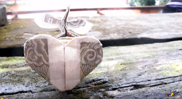 Оригами деревце из сердечка по схеме Дао Ань Туана (Dao Anh Tuan)