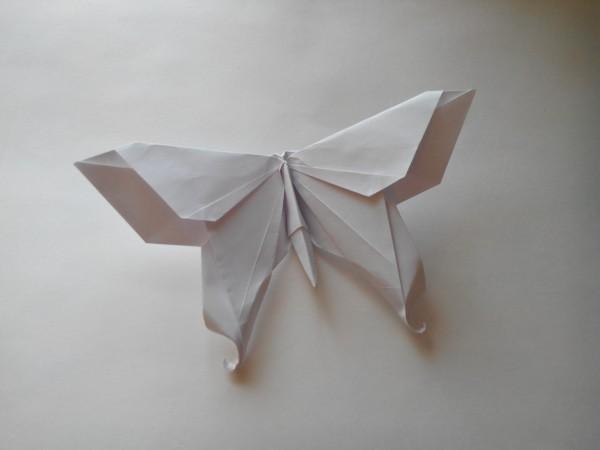 Бабочка из доллара по схеме Michael LaFosse