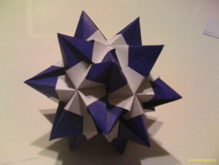 Икосаэдр c шипами по схеме Nick Robinson