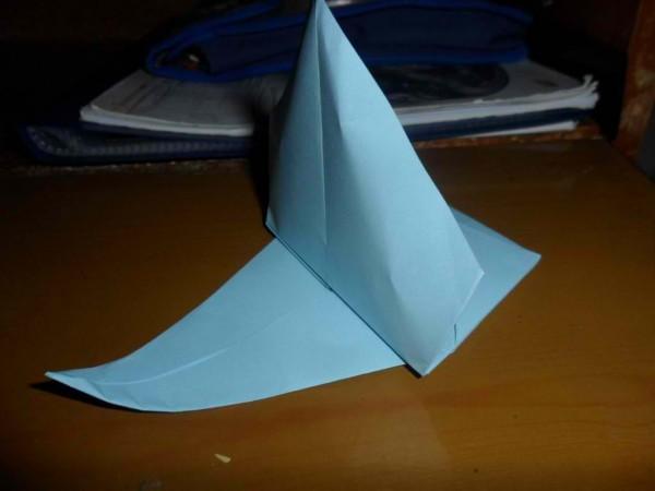 Плавающий кораблик из бумаги