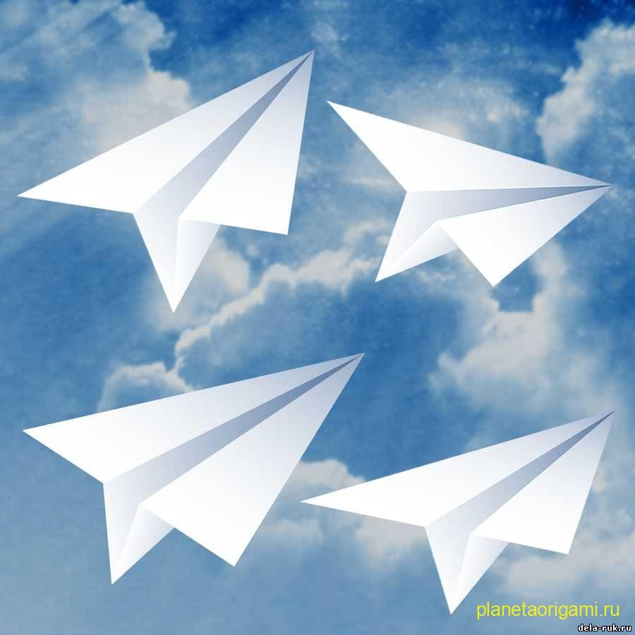 Бумажный летающий самолет-трюкач