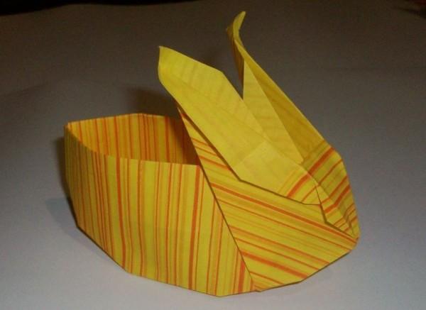 Стильный оригами зайчик, видео схема с описанием