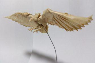 Балансирующий орел из бумаги по схеме Jeremy Shafer
