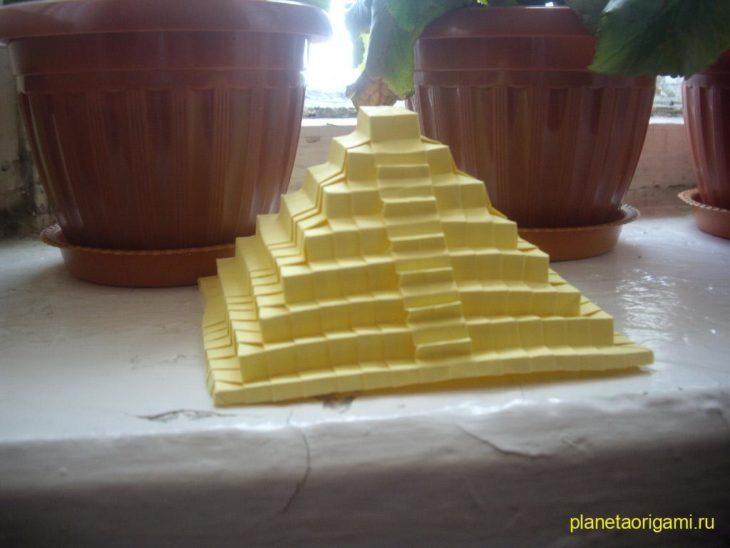 Древняя пирамида от Jo Nakashima