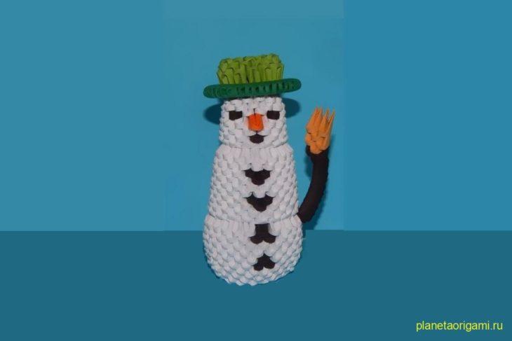 Оригами модульный снеговик в шляпе