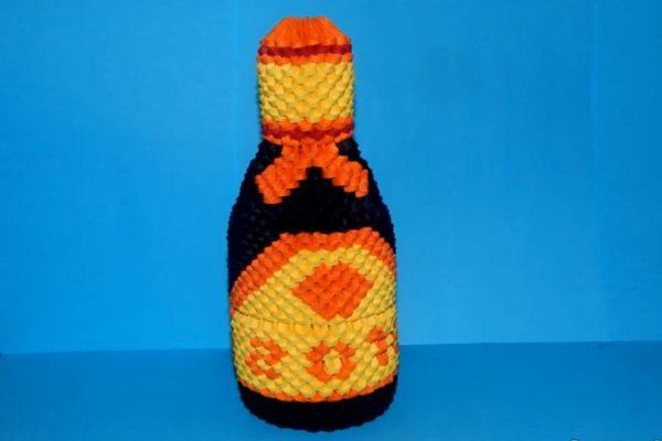 Оригами бутылка шампанского из треугольных модулей