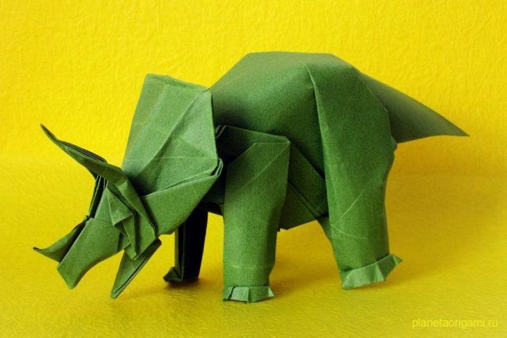 Оригами трицератопс по схеме Фумиаки Кавахата (Fumiaki Kawahata)