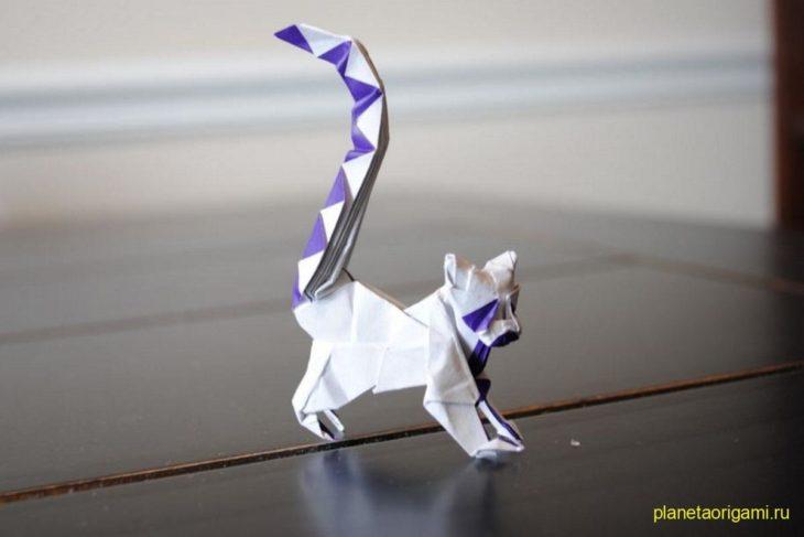 Оригами лемур по схеме Романа Диаз (Roman Diaz)