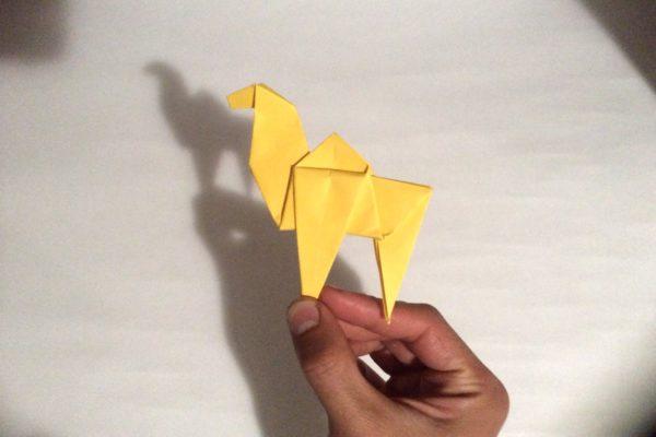 Простой верблюд оригами