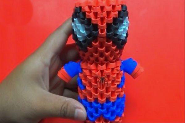 Оригами 3D-мини Человек-паук из треугольных модулей