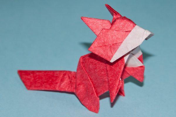 Оригами лиса по схеме Тошиказу Кавасаки (Toshikazu Kawasaki)