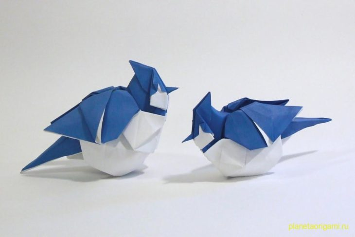 Оригами голубая сойка по схеме Сета Фридмана (Seth Friedman)