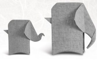 Оригами слон из бумаги серого цвета
