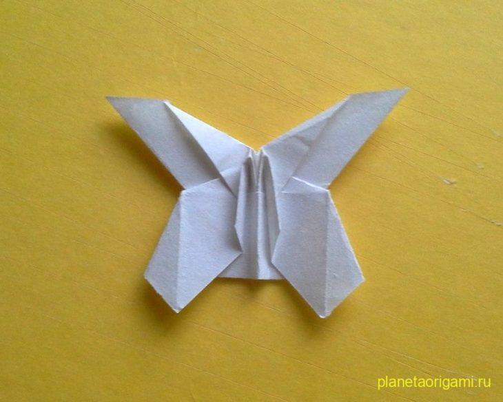 Оригами бабочка по схеме Антона Кучкина