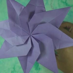 Восьмиконечная спиральная звезда