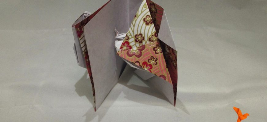 Origami Peek-a-Boo Snake Pop-up Card from Jeremy Shafer